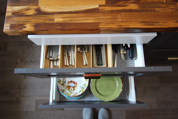 Kitchen Island Drawer Organizers | Kitchen Makeover Reveal | House by the Bay Design